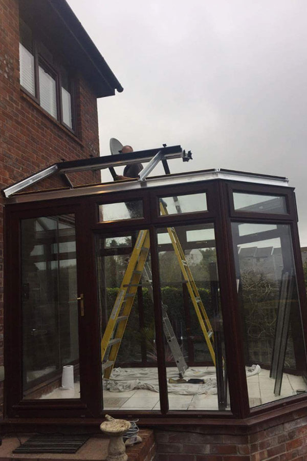 Conservatory glass roof installation frame